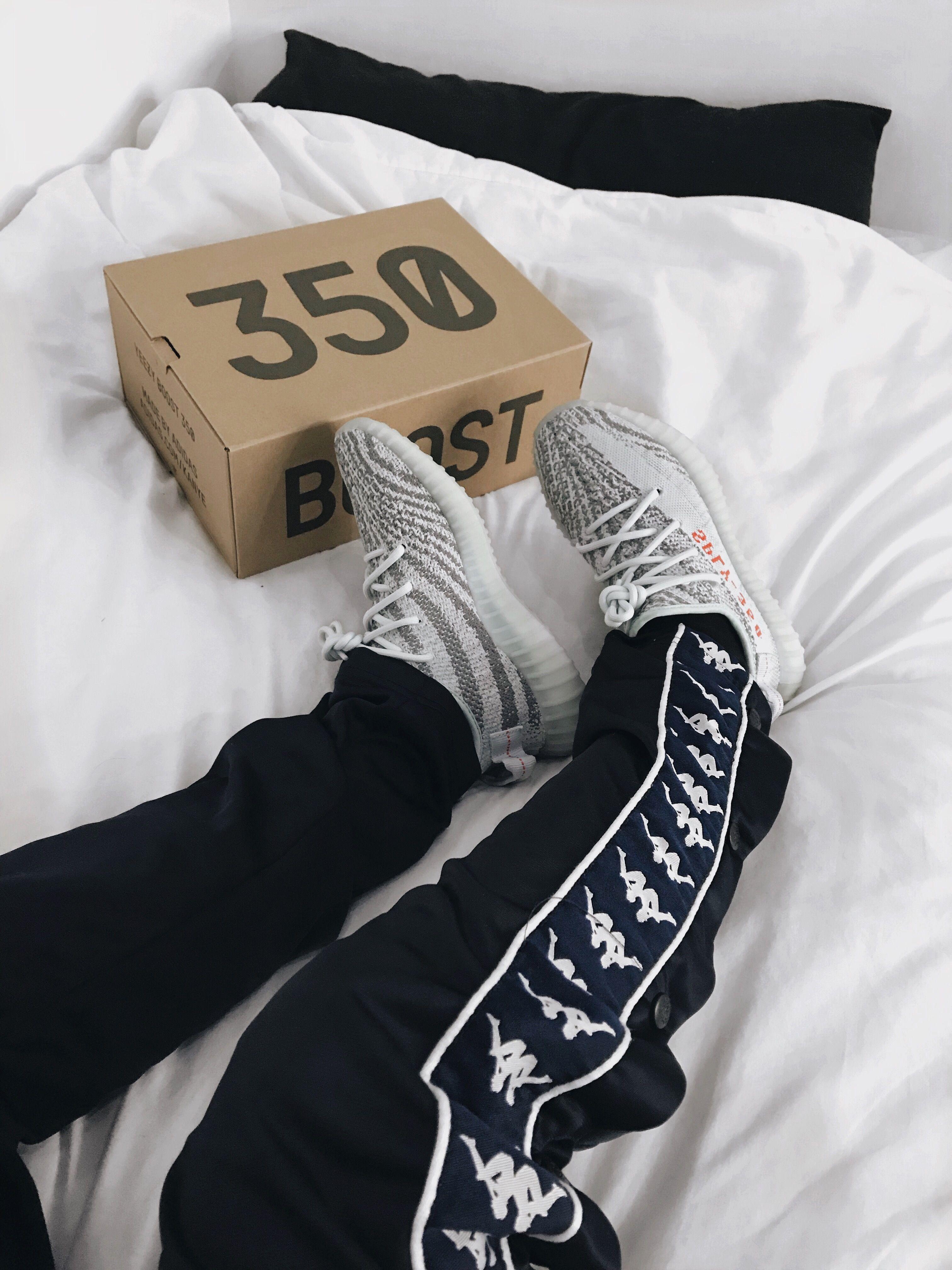 Adidas Yeezy Boost 350 V2 Blue Tint Sneakers    Kappa    Sam Barnes ... c7bcbf3ea