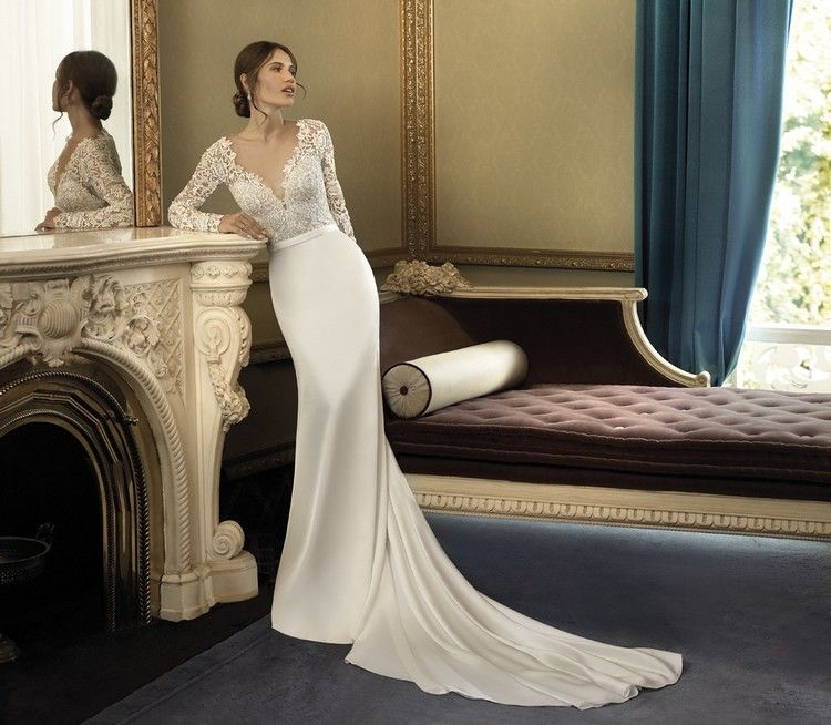 Sleek Wedding Gowns: Sleek Sophistication Sums Up This Gown Perfectly! The Luxe