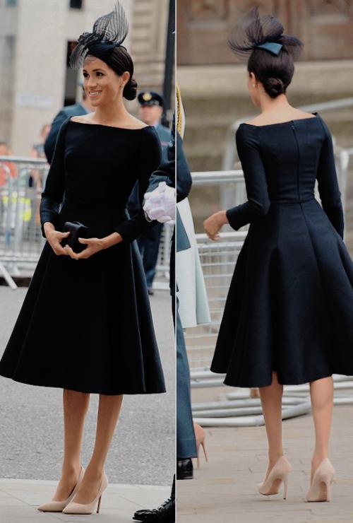10julio2018 Los Vestidos De La Reina Vestidos De