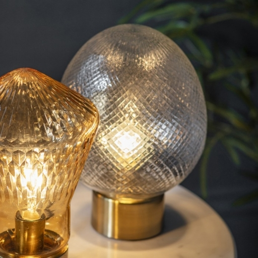 Lampe De Table Trinity œuf En Verre Transparent Et Or En 2020 Lampes De Table Table En Verre Lampe De Table Moderne