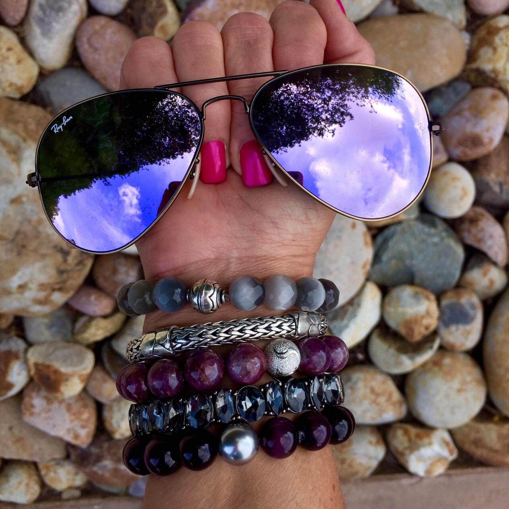 516b886e6 O óculos perfeito para seu fim de semana! #rayban #aviador #roxo #espelhado  #classico #musthave #sunglasses #rb #3025 #compreonline #shoponline  #oticaswanny