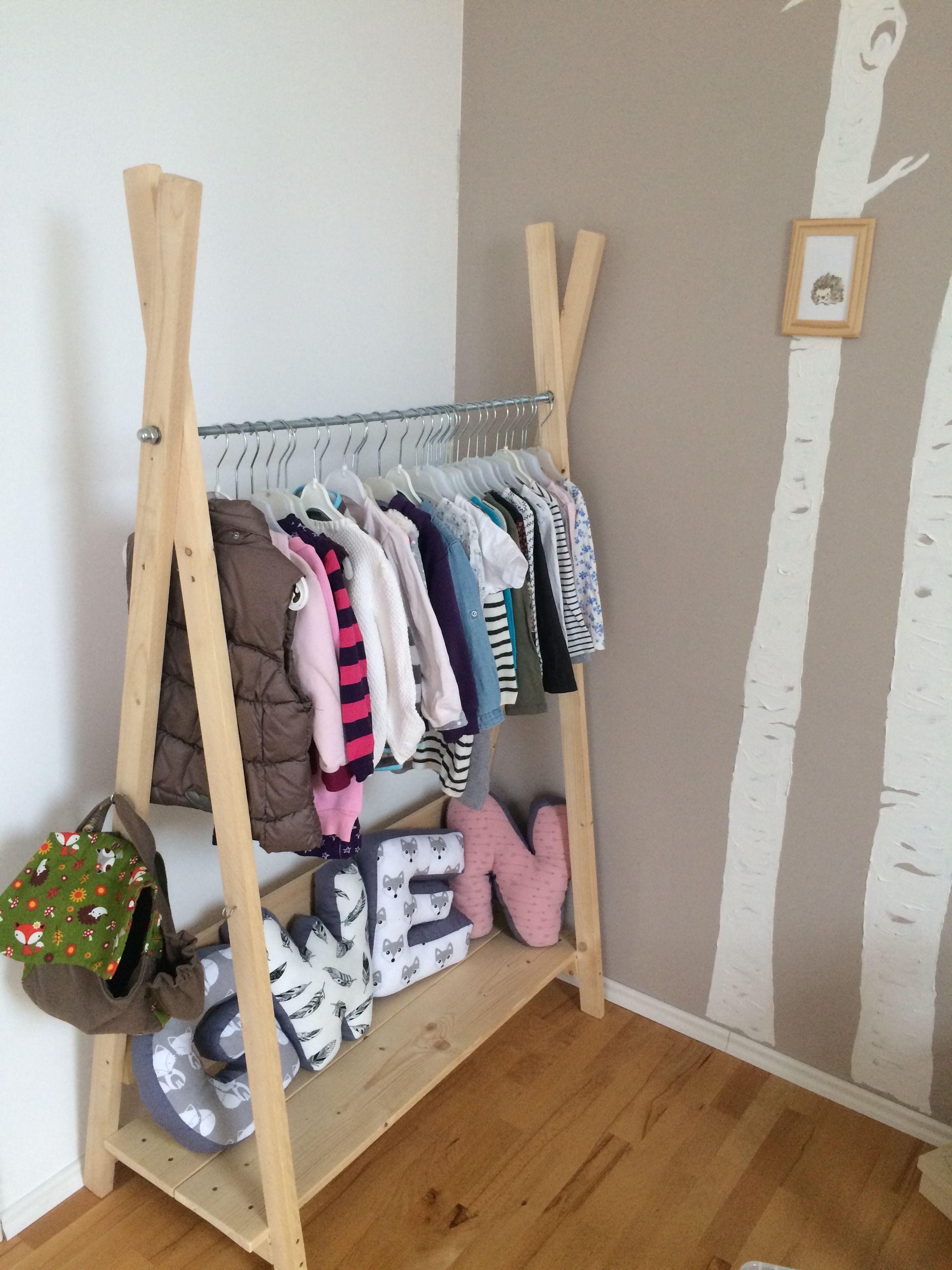 Kinderzimmer Selfmade Kleiderschrank Holz Natur Kinder