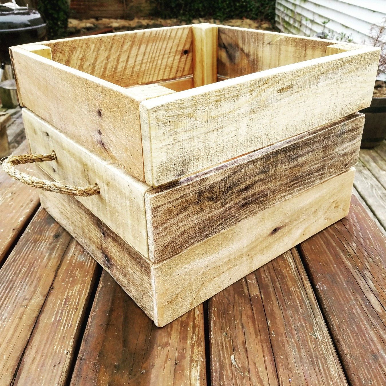 Rustic Wooden Pallet Bin Toy Box Dog Toy Crate Storage Basket Salvaged Wood Projects Diy Wooden Crate Wooden Box Diy