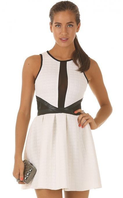 Party dresses > ACTS OF COOL DRESS IN WHITE