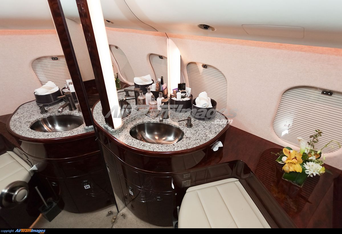 Gulfstream g650 interior bedroom bombardier global express xrs  relax cabin  pinterest  private