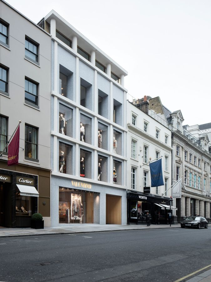 David chipperfield architects valentino london old bond for Architecture moderne londres