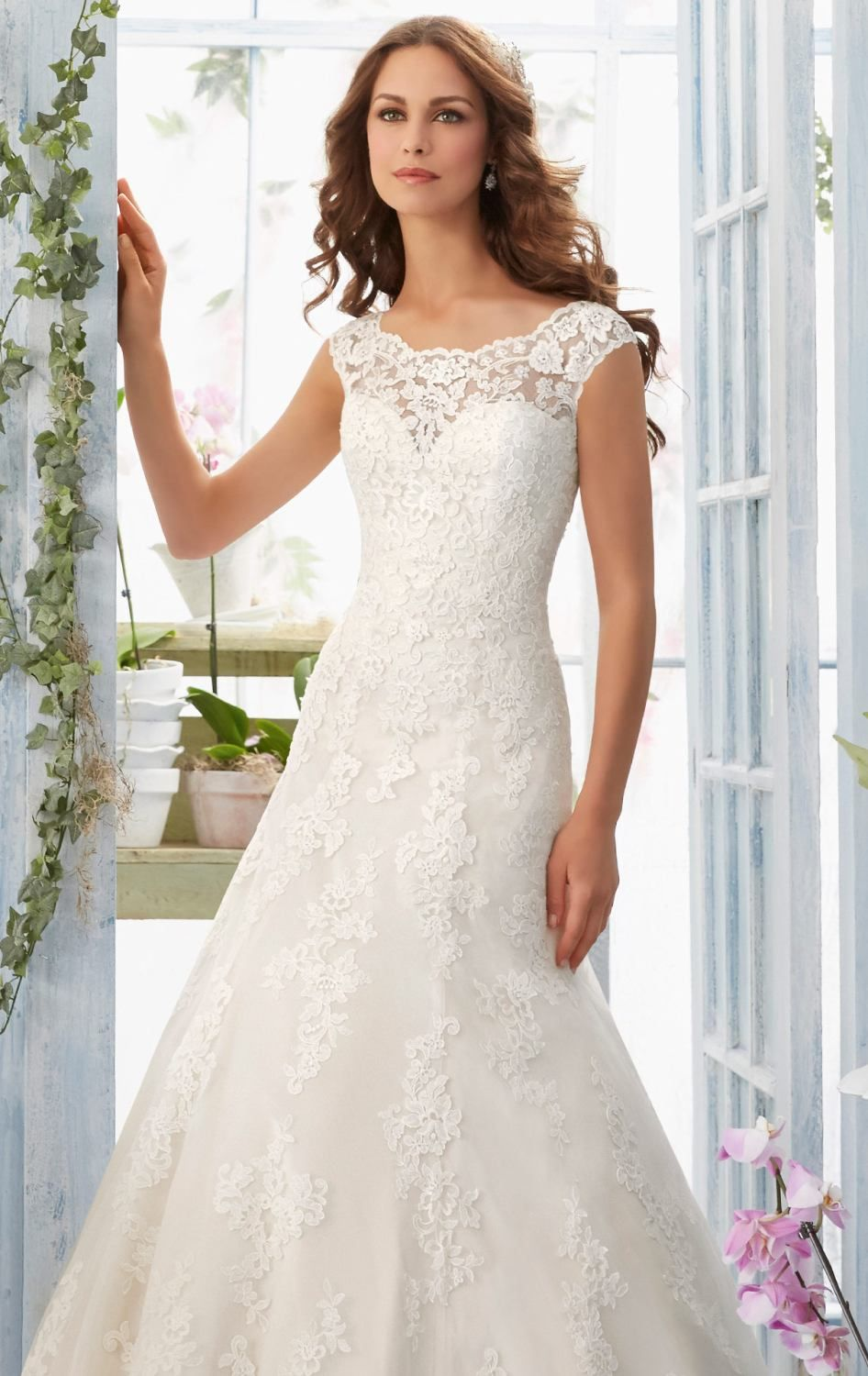 Color embroidered wedding dress  Captivate the heart of your man on your wedding day and beyond in
