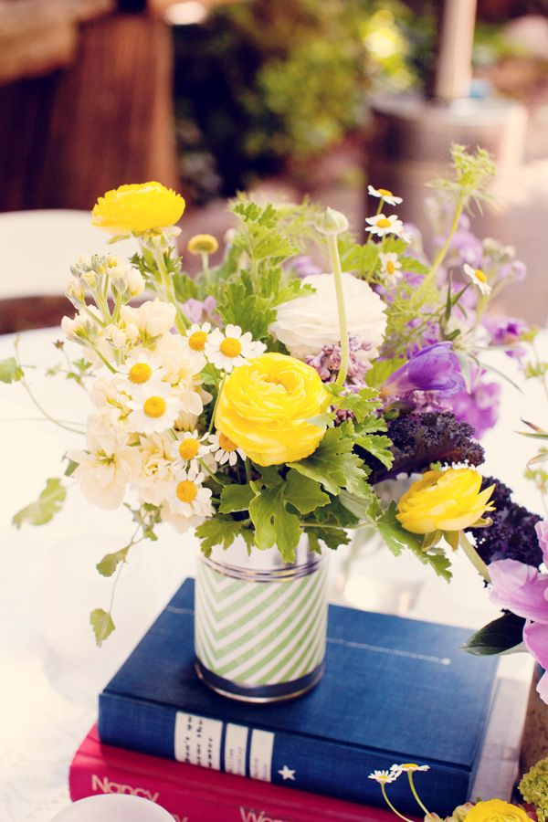 Love these bright vintage style centerpieces