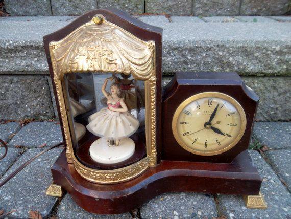 Vintage United Clock Corporation Ballerina Light Musical Clock Etsy Clock The Unit Vintage
