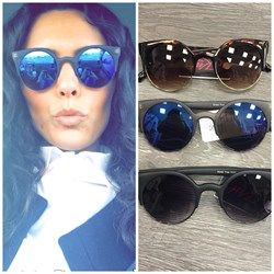 Zwarte zonnebril met spiegelglazen