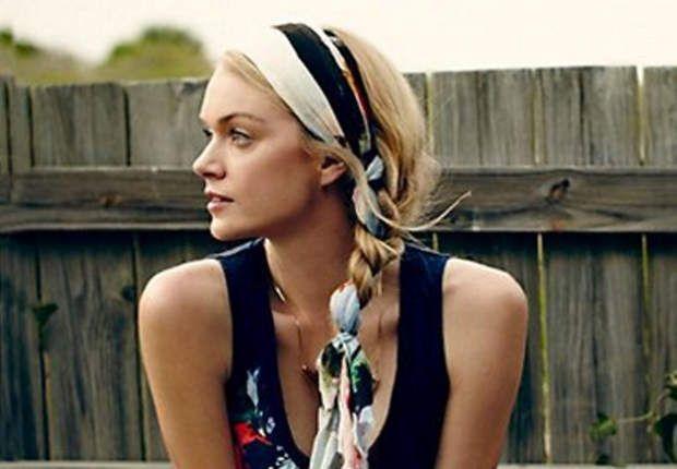 20 idées coiffure à réaliser avec un foulard Coiffure
