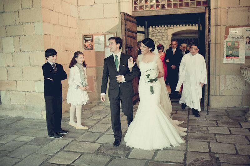 Say Hi. Wedding. Husband&Wife   Wedding dresses, Wedding