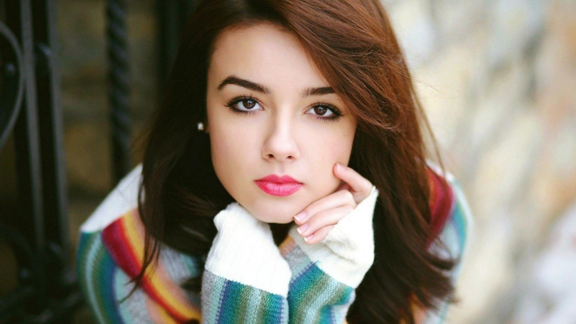 OLLIE: Beautiful girl free download