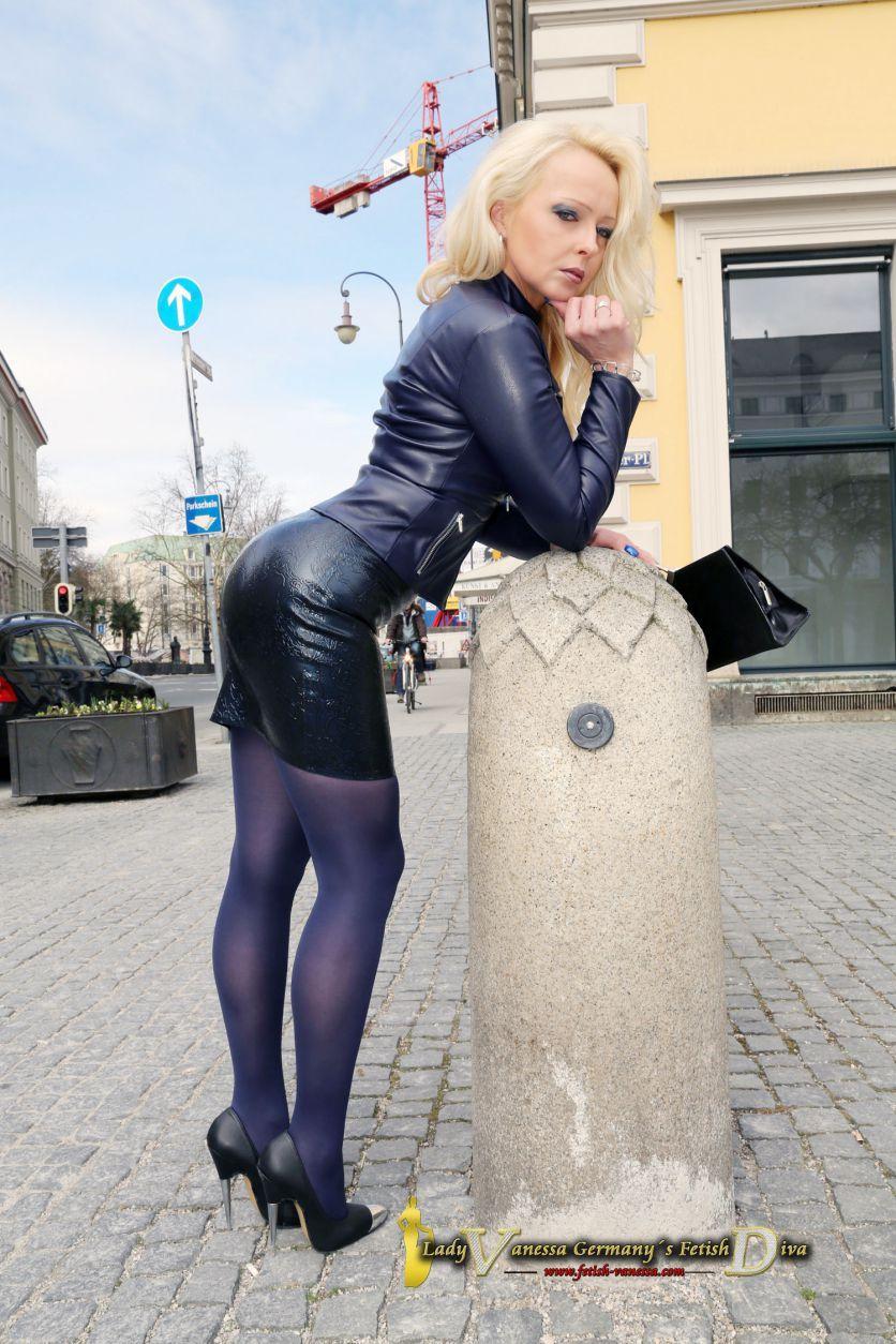 fetish lady vanessa handjob videos
