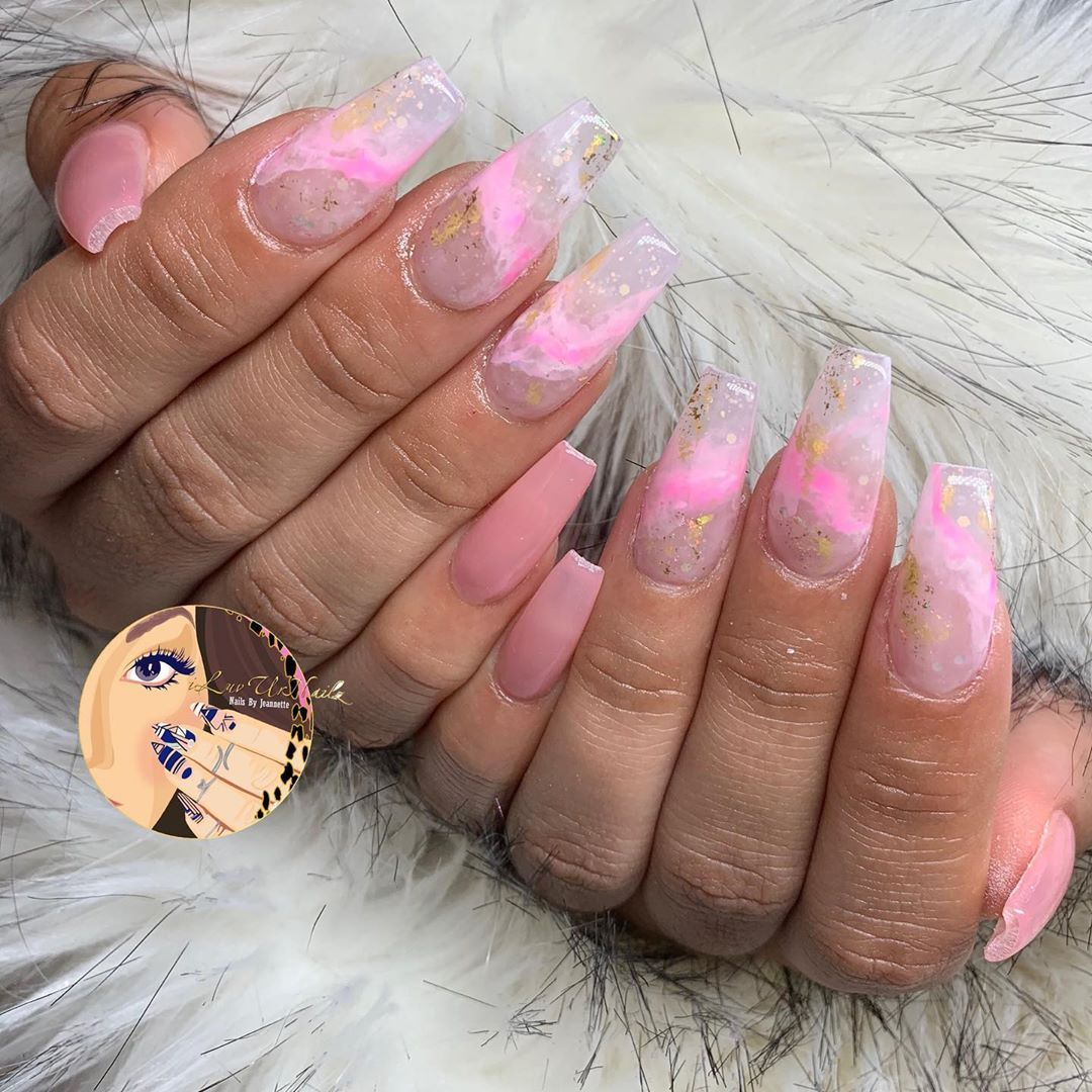 """𝔍𝔢𝔞𝔫𝔫𝔢𝔱𝔱𝔢 💅🏽🎨 on Instagram: """"Always a perfect choice when in doubt... Pink Marble 💗  ________________________________________ #iluvurnailz #NailArtist #DopeNails #nails…"""""""