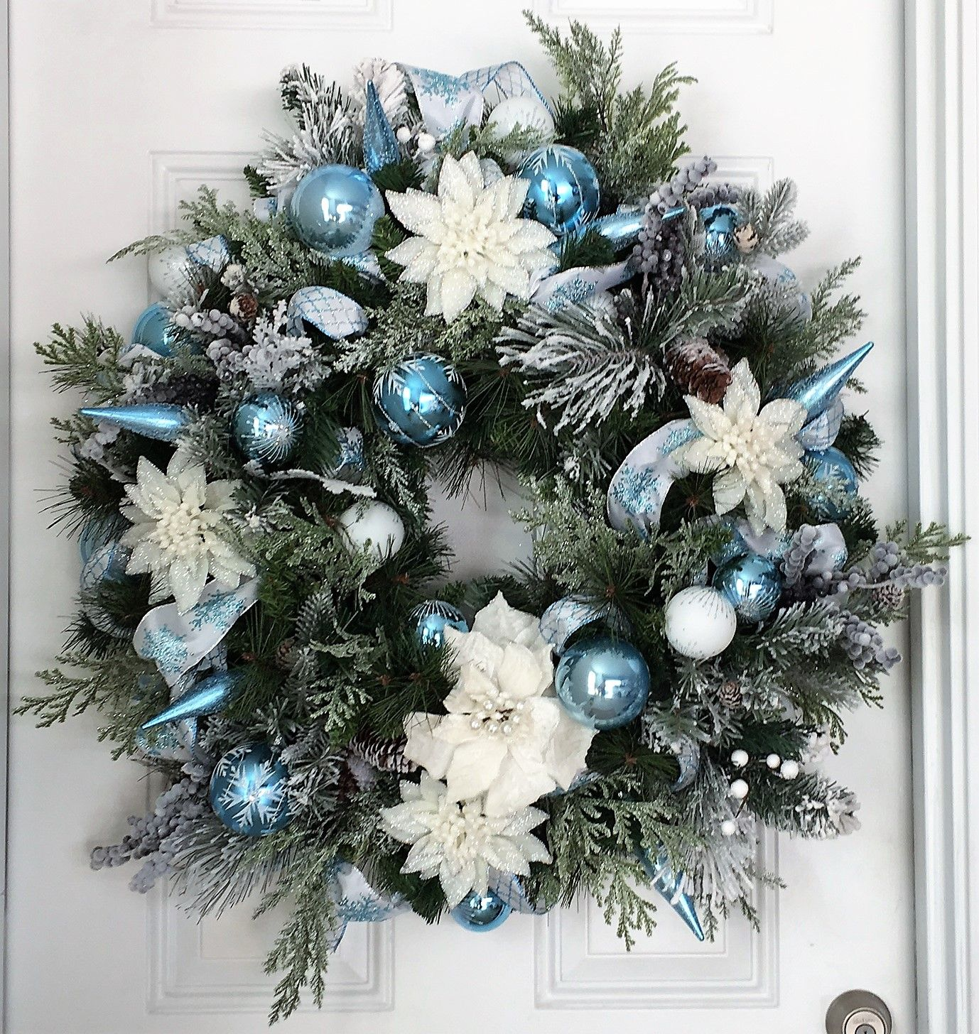 28 Christmas Garland Wreath With A Touch Of Snow Filled With Silver