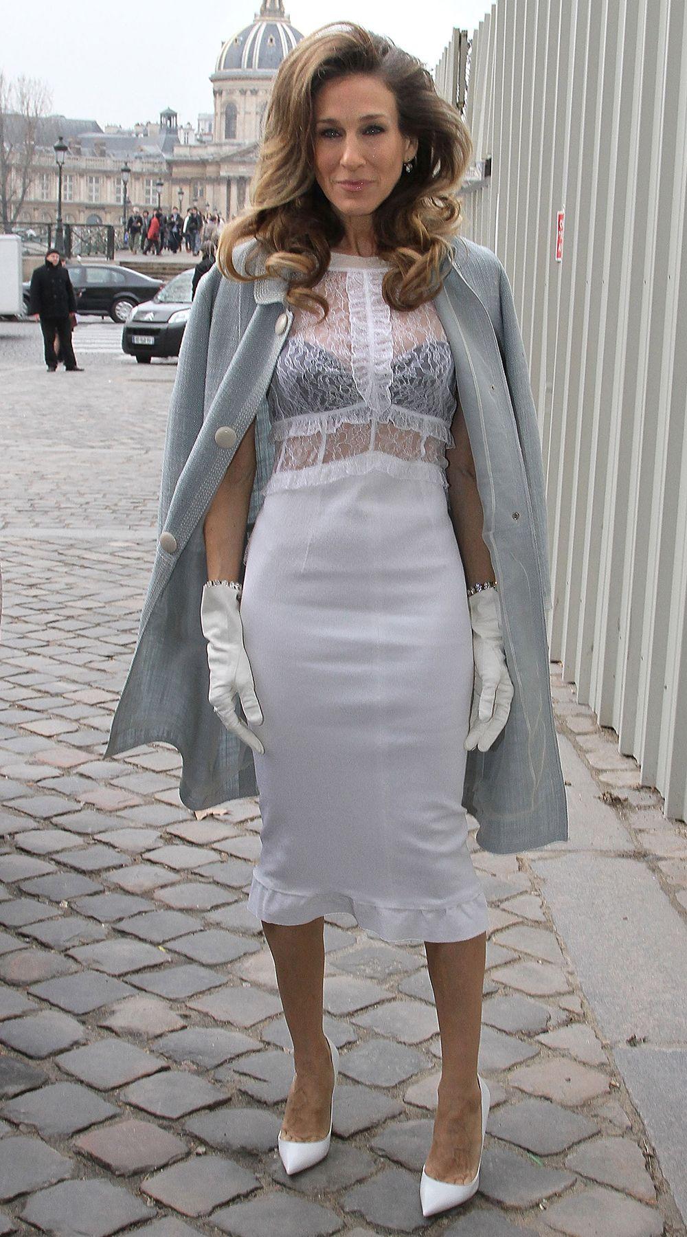 Sarah Jessica Parker wearing Louis Vuitton at The Louis Vuitton autumn/winter 2012 show in Paris.