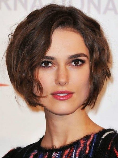 Short Hairstyles For Square Faces And Fine Hair Square Face Hairstyles Face Shape Hairstyles Haircut For Square Face