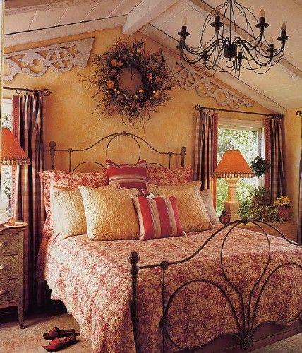 Linda Applewhite Cottage Bedroom