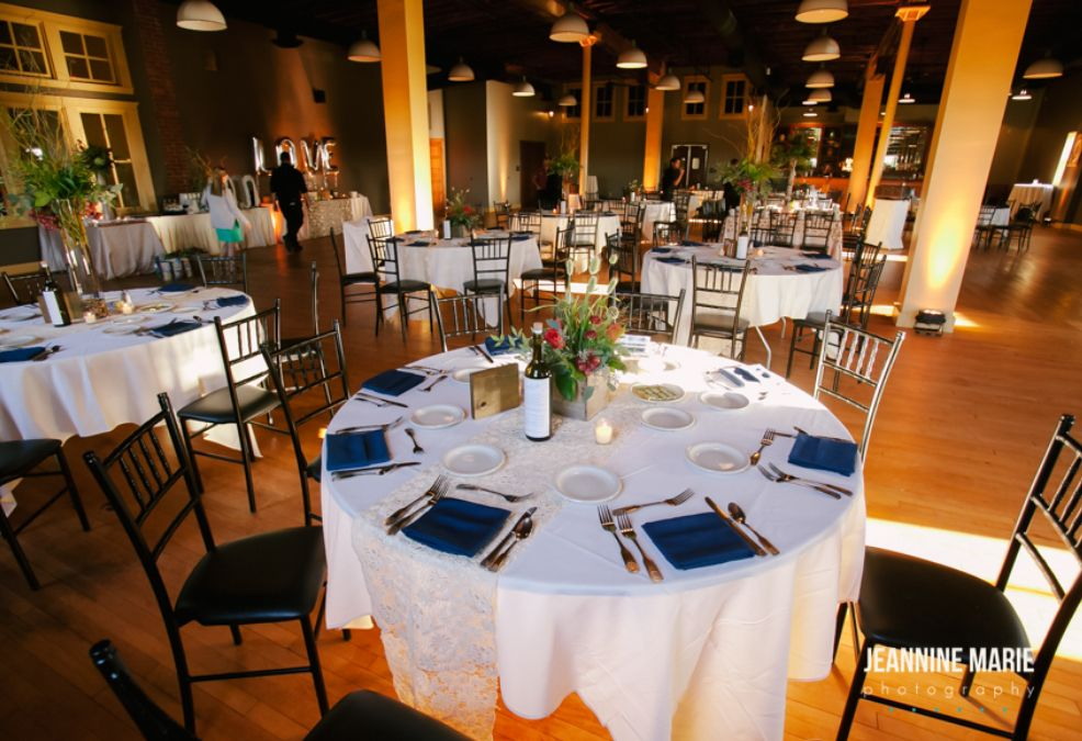 Find Cannon River Winery Wedding Venue One Of Best Outdoor Wedding