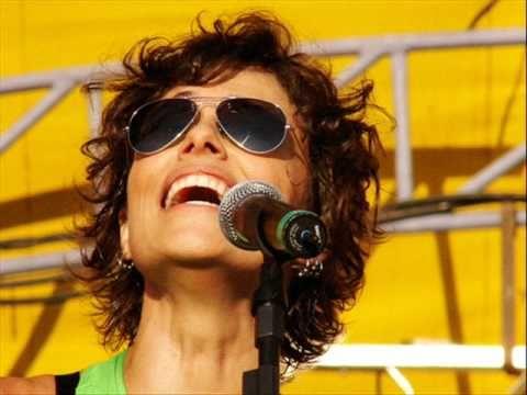 Jura Secreta Zelia Duncan Youtube Cantores We Will Rock You