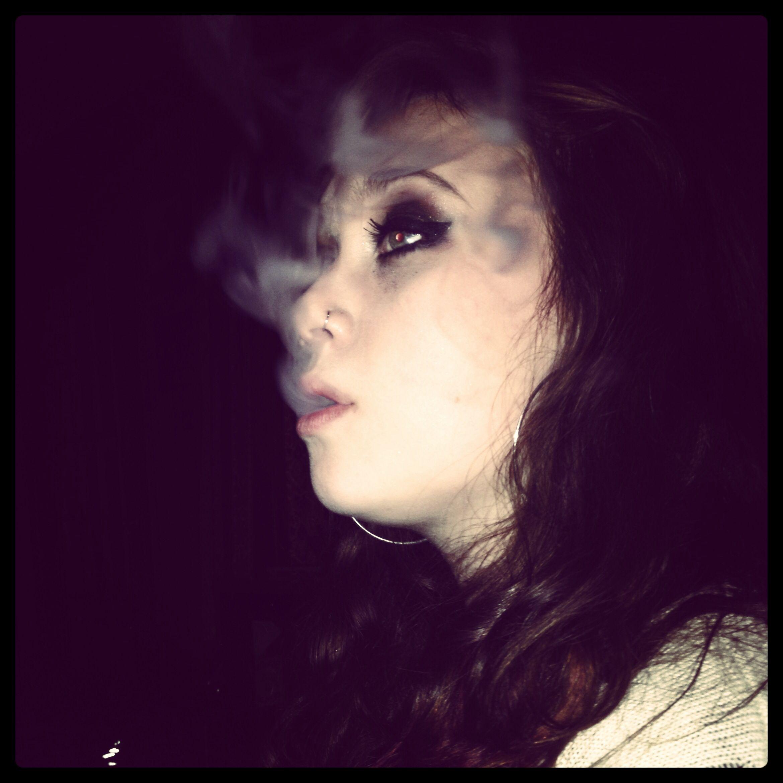 Having too much fun with my hookah pen hookah smoke