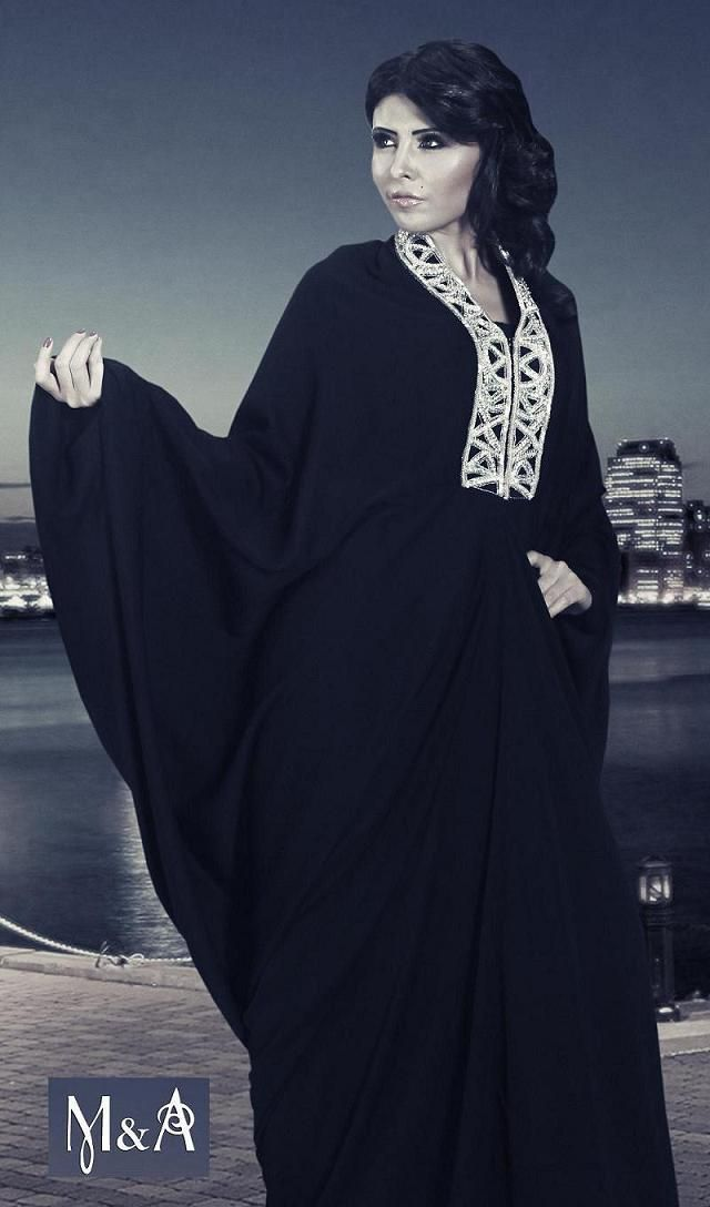 Pin By Bnt Norah On Muslimah Status Abaya Designs Arab Fashion East Fashion