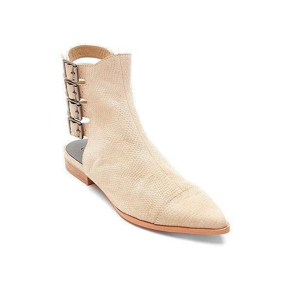 Matisse Edgar (1,600 MXN) ❤ liked on Polyvore featuring shoes, boots, ankle booties, ivory, stacked heel booties, bootie boots, ivory ankle boots, ivory booties and ankle boots