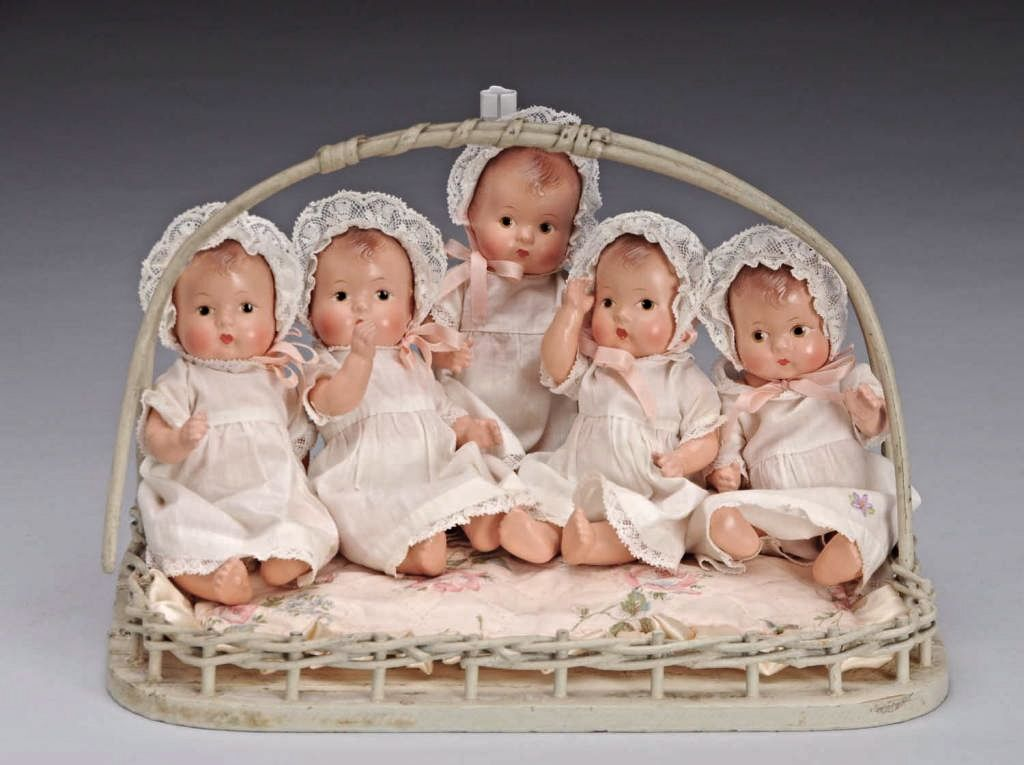 Tiny Set Of Madame Alexander Dionne Quintuplet Baby Dolls