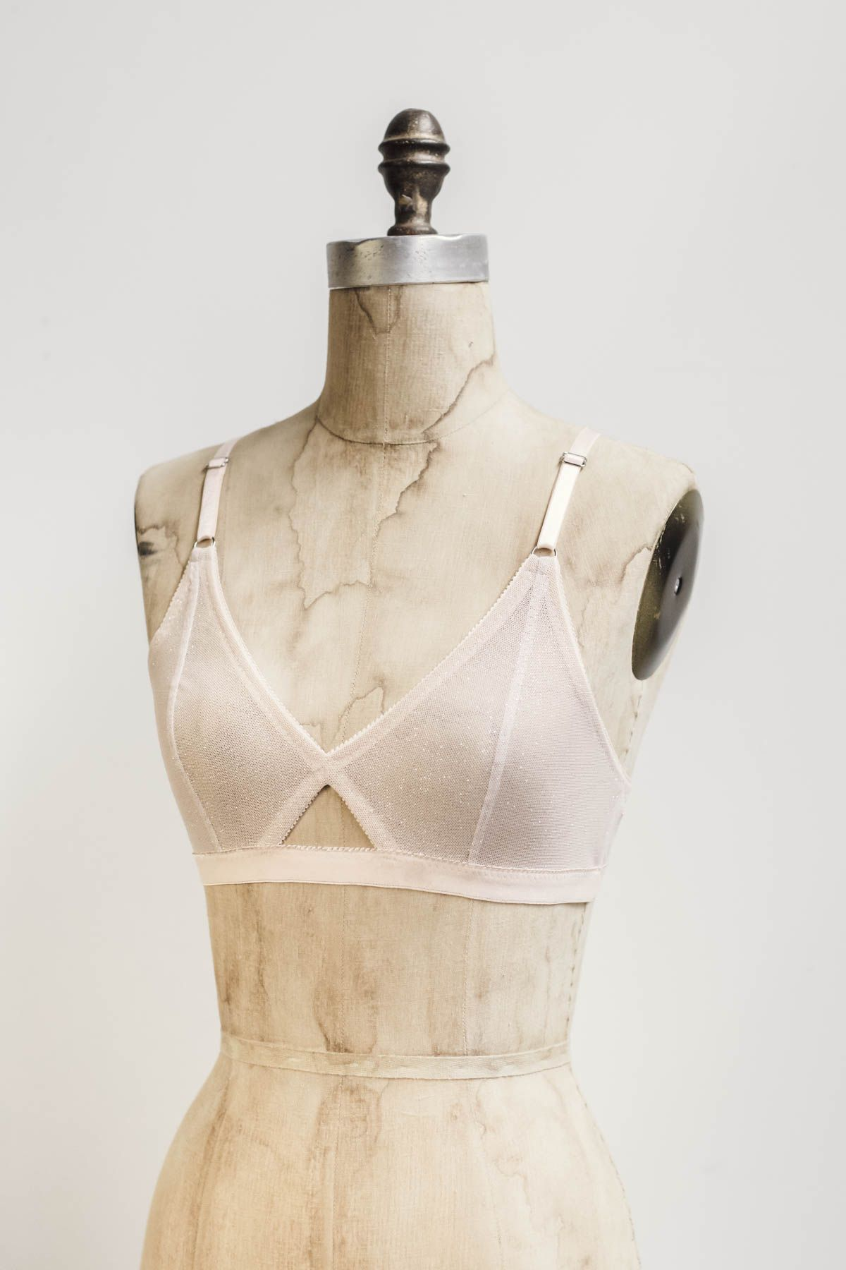 cb1dbe664 Madalynne Intimates + Lingerie - Bralettes to Buy and Sew!