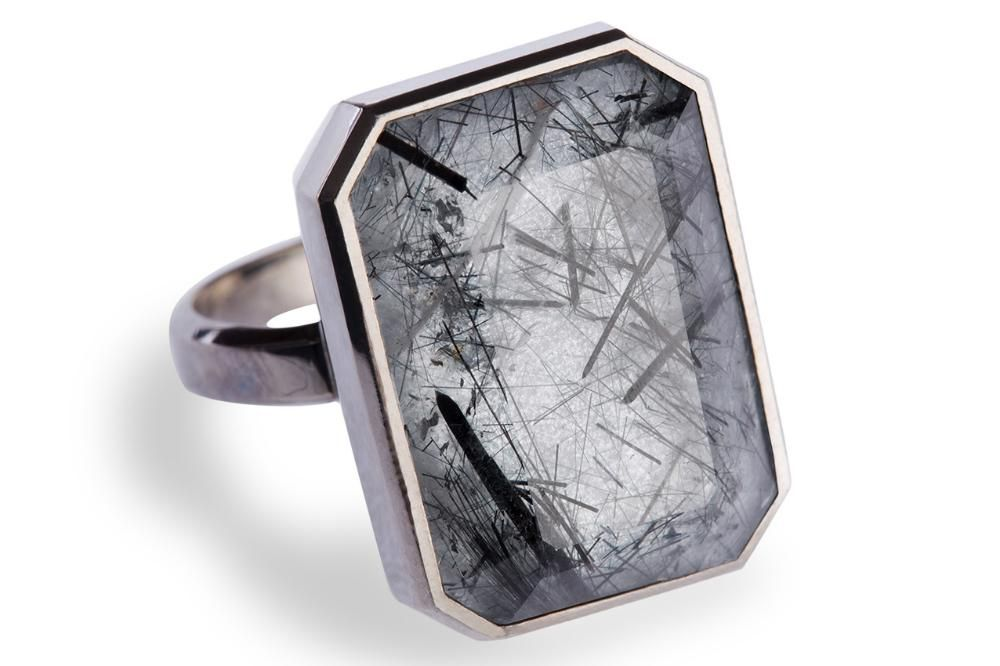 Ringly, The Smart Ring, Unveils Winter Design   Digital Trends