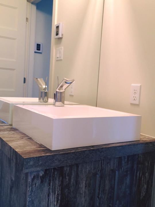 Aquabrass Martini lavatory faucet and Lugano basin shared by Chanty ...