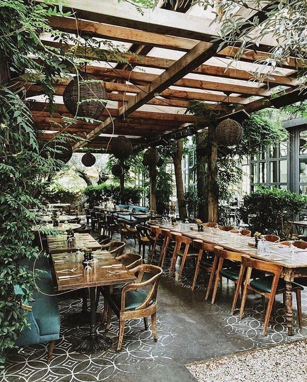 45 Pretty Outdoor Restaurant Patio Design Ideas For Fantastic Dinner Outdoor Restaurant Patio Outdoor Restaurant Design Outdoor Restaurant