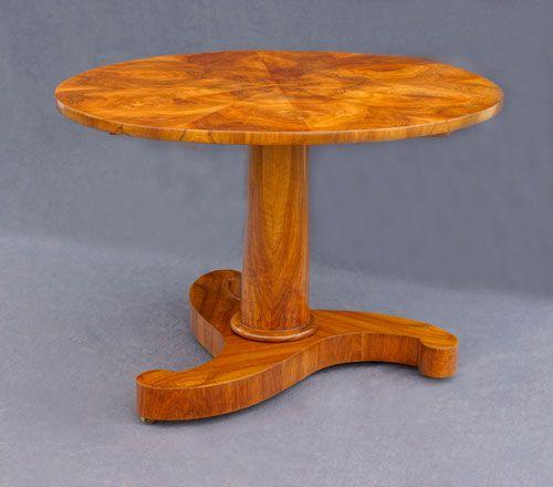 Biedermeier Tisch Rund Süddeutsch Um 1830 Nußbaum Johannes