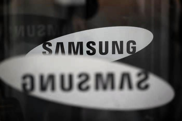 Elec exec receives jail term over unionbusting media pinned from December 13 2019 at 0551PMSamsung Elec exec receives jail term over unionbusting media pinned from Decemb...