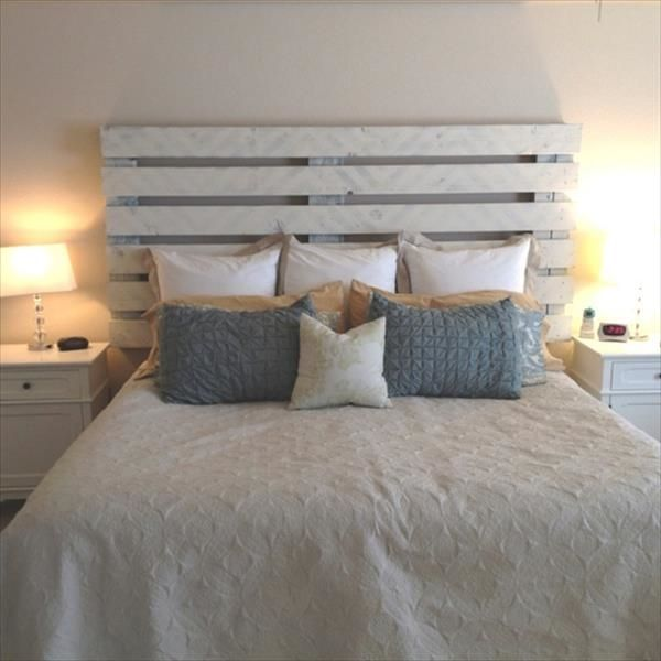 White Pallet Headboard Decorative Pillows Small Bedroom