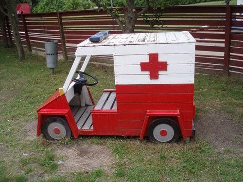 15 adorable recycled pallet ideas for kids  - Spielauto -