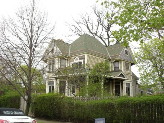 Amazing Home In Woodbridge Historic District Old Houses Victorian Homes Architecture