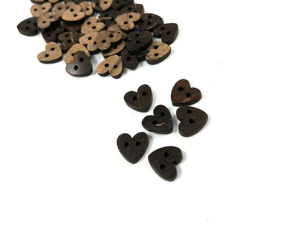 10x Heart Coconut 2 Hole Buttons 10mm Coconut Shell Buttons