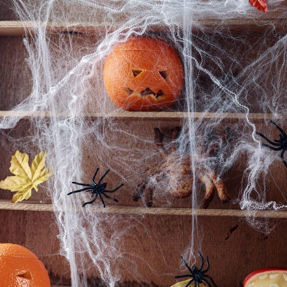 Gruselige Halloween Party Deko Perfekt Um An Halloween Das Haus Innen Oder Aussen Zu Verkleiden Der Clou Das Riesige Spinnennetz Leu Halloween Hallo