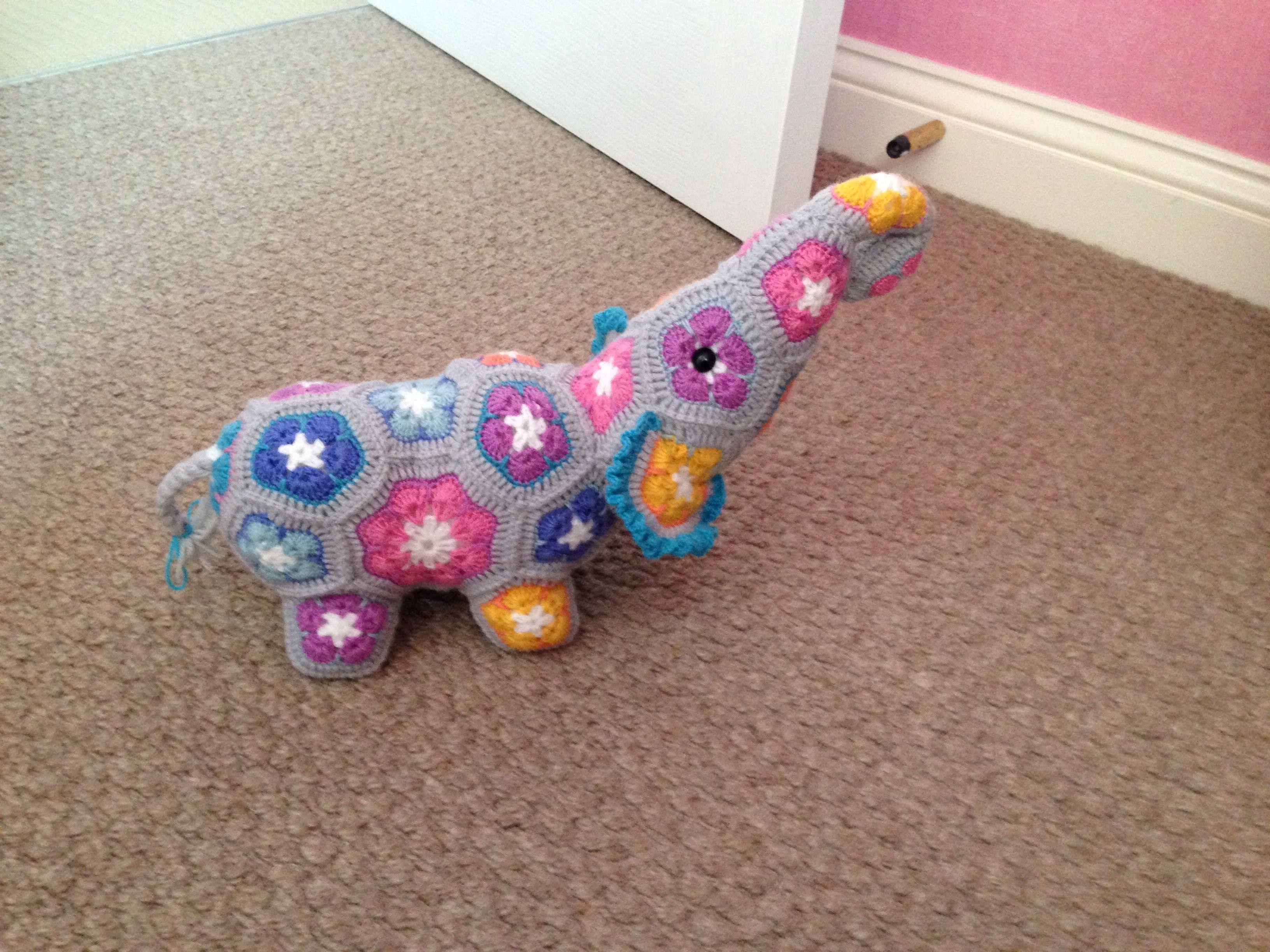 Crochet African flower elephant using Heidi bears pattern | Things I ...
