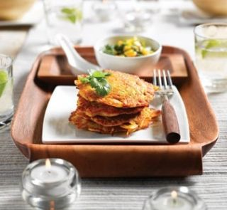 Onion fritters with mango relish healthy food guide dinner onion fritters with mango relish healthy food guide healthy food recipeshealthy snacksvegetarian forumfinder Images
