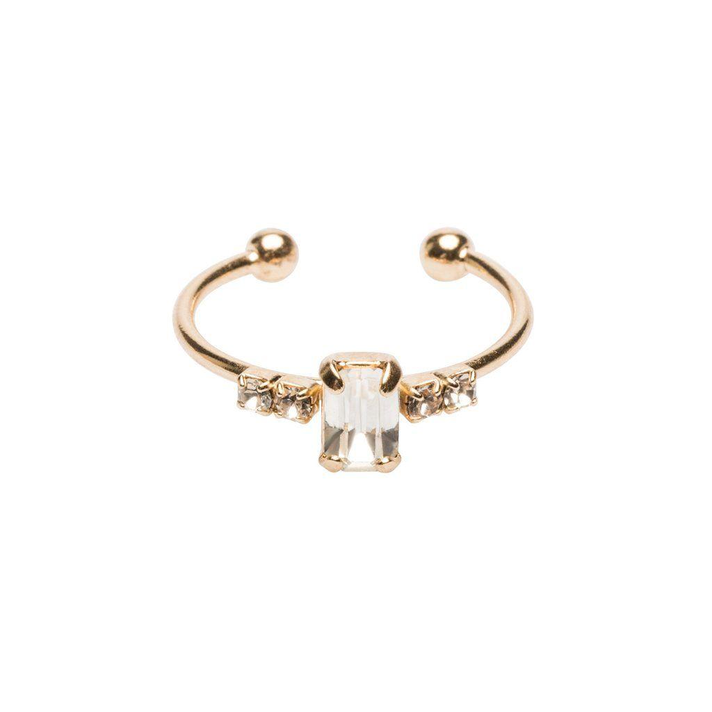 https://laboutique.emma-chloe.com/collections/bague/products/bague-kim-dore-cristal