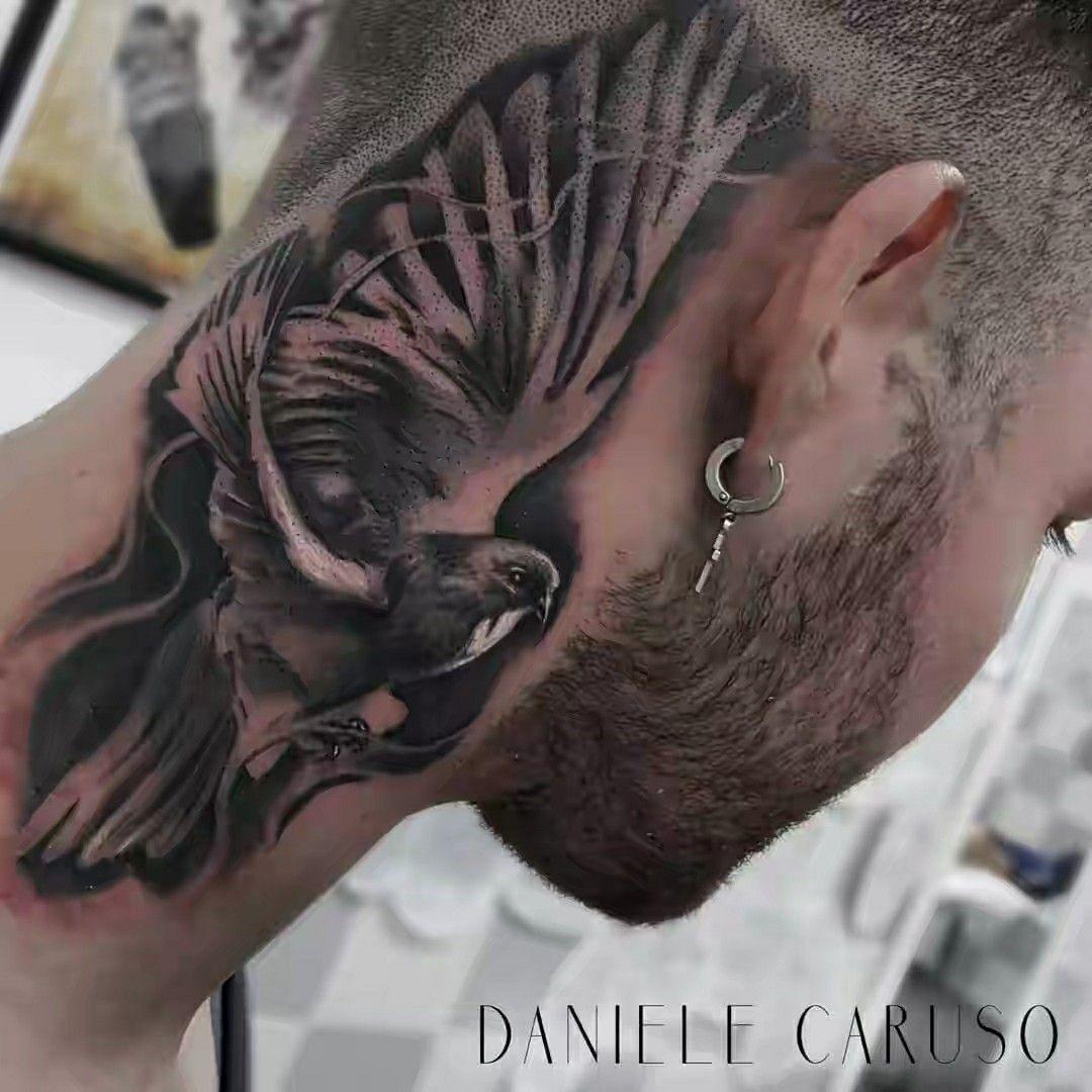 Pescoço Tatuagem no pescoço, Tatuagem de dinheiro