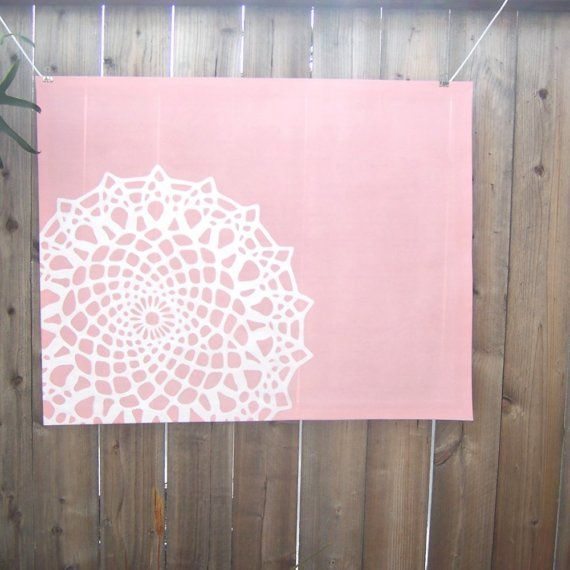 doily as a stencil This is a floor mat but could be done on a - leinwand für wohnzimmer