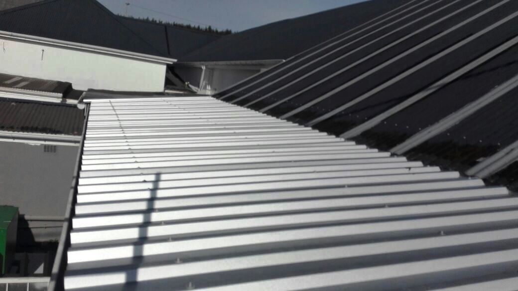 Best Paramount Roofing Stairs Blinds Home Decor 400 x 300