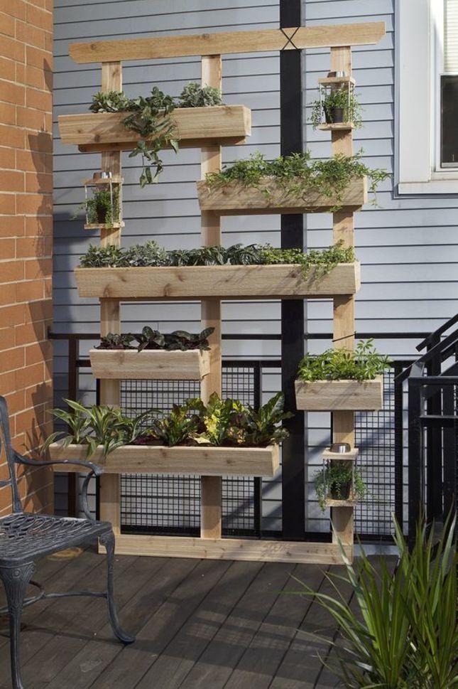 etagere en bois a aromates exterieure
