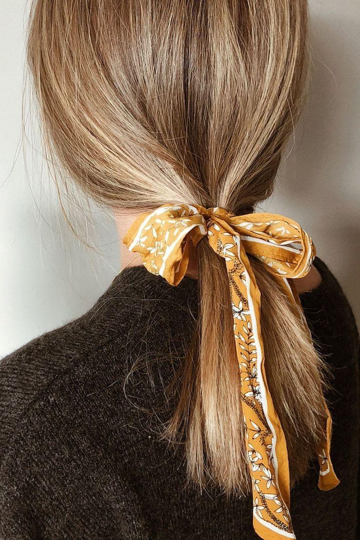 Trendige Frisuren Mit Tollen Haar Accessoires Frisuren Haare Haar Trends Haar Accessoires Haarspangen Trendige Frisuren Haar Accessoires Frisur Mit Band