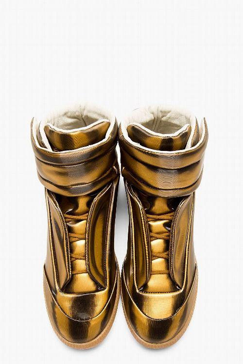 0d1daab1442 Mason Martin Margiela gold metallic roman fly's | Classic feet ...