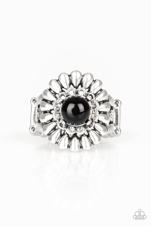 Poppy Pep Black In 2020 Black Rings Black Beads Frame Ring